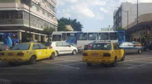 Multas por bloqueo de tránsito en intersecciones de Guayaquil